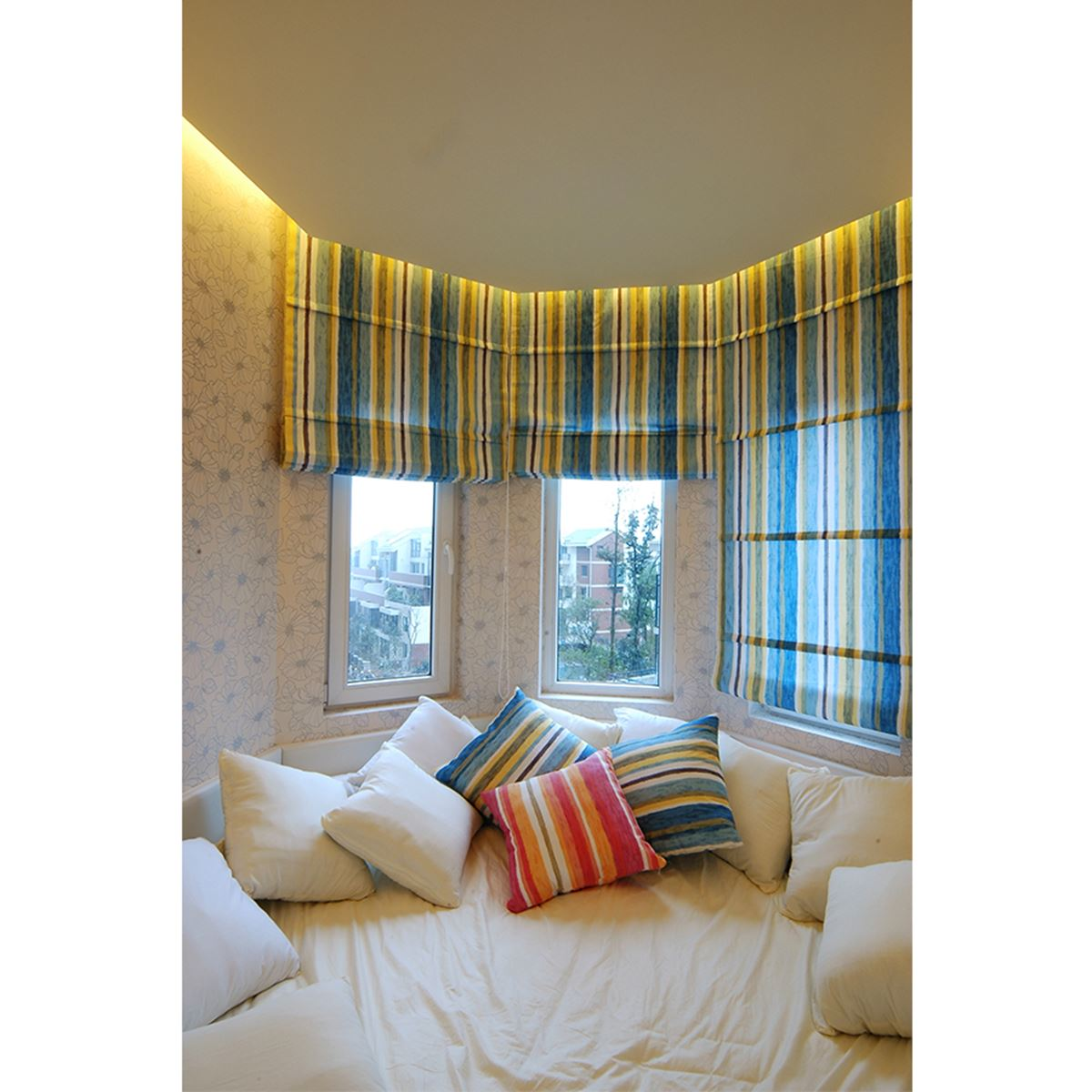 Click On Roman Blinds To Find Out More Of Its Elegance Design.