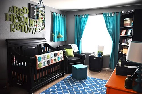 turquoise-curtain-bedroom-home-decor