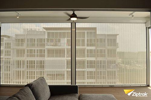 ziptrak-singapore-cafe-patio-blinds