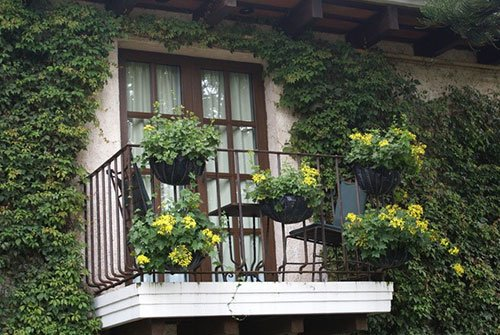 balcony-idea-garden